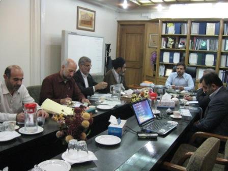 جلسه مسئول ومعاونین ستادبازسازی عتبات ومدیرعامل ومعاونین سازمان آب وبرق خوزستان