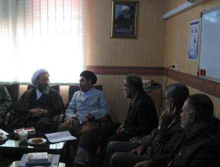 بازدیدآیت الله حیدری از ستادبازسازی عتبات خوزستان